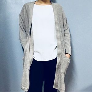 AMERICAN EAGLE • Grey Open Knit Cardigan Sz M